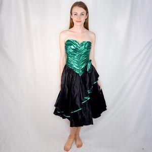0bb678f3f10e Vintage. Zum Zum 80's Green Foil Prom Dress Rosette XS 0731